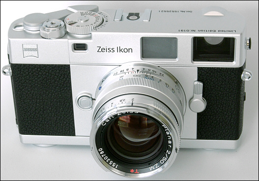 Mike Elek: Zeiss Ikon / Introduction